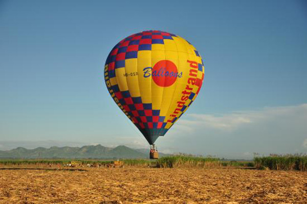 Dominican Balloon landing